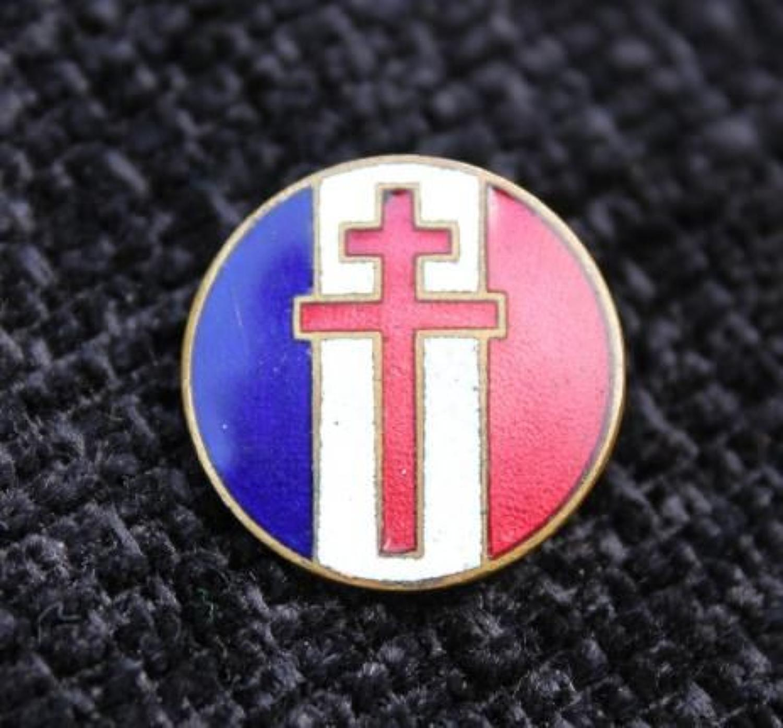 Free French Enamel Badge