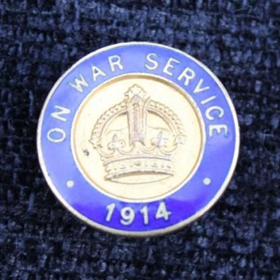 On War Service 1914 Lapel Badge